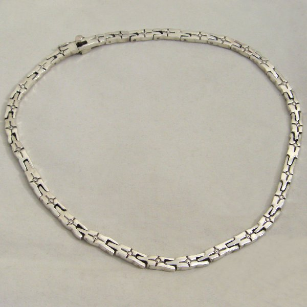 (n0806)Silver necklace.